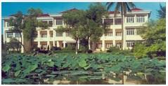 Trung tâm Nghiên cứu trồng và chế biến cây thuốc Hà Nội