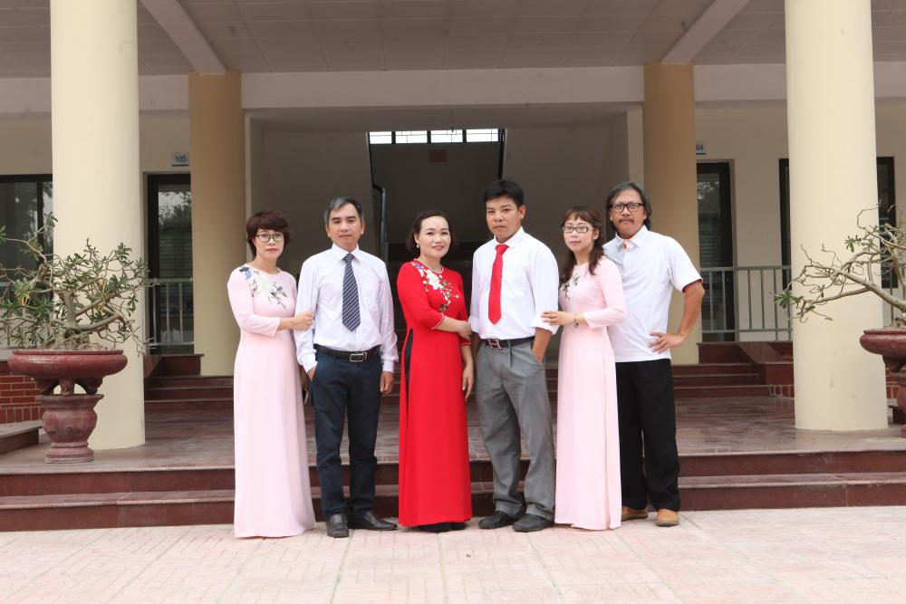 PHÒNG HÀNH CHÍNH TỔNG HỢP (ADMISISTRATION OFFICE)
